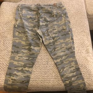 Most Famous Pants - Army fatigue pants